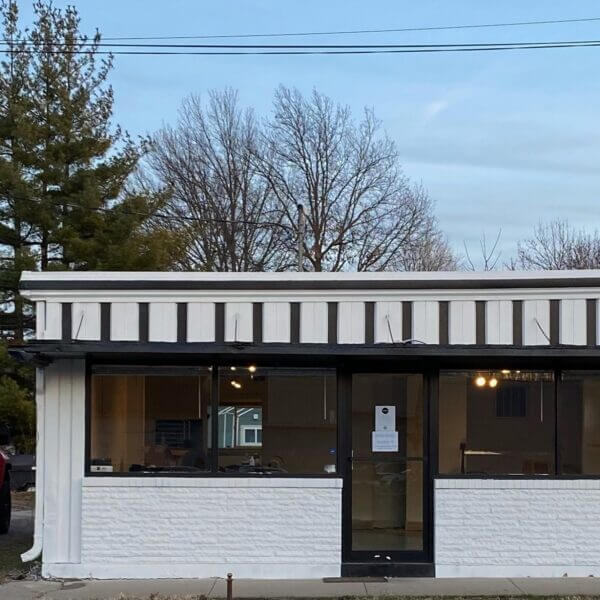 Visit Fairfield Iowa Lunchbox exterior
